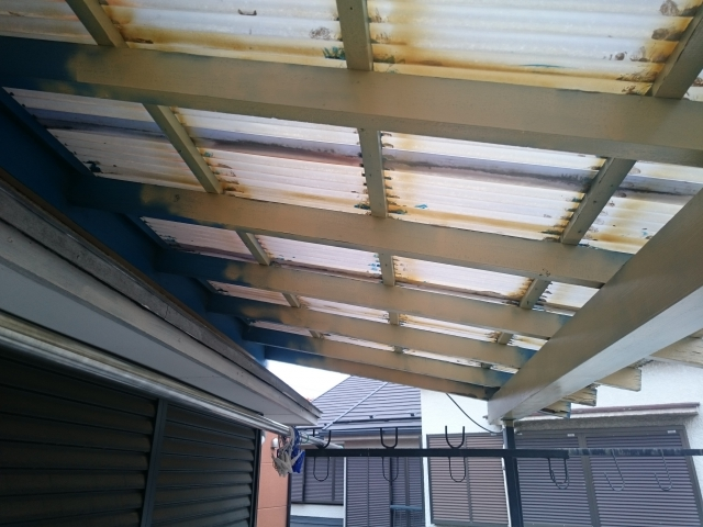 ベランダの屋根